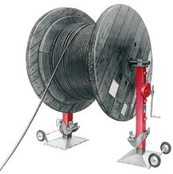 mechanical jacks to lift and support cable drums of up to 3.4 M dia yy robust spindle jacks support the load securely at any desired height yy large ground plates yy easy to range with the solid rubber wheels attaches to the ground plate